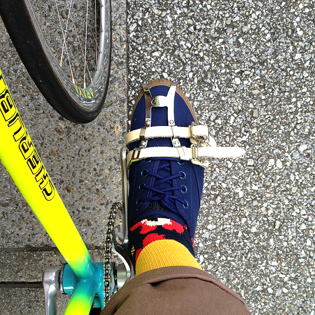 CHROME_PEDAL_CLASSIC_NAVY_GUM_TOKYOHIPPIESMART_04